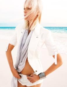 Model: Naomi Campbell